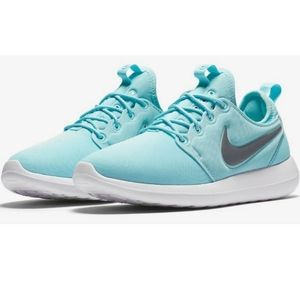 Nike Roshe Tiffany Blue shoes